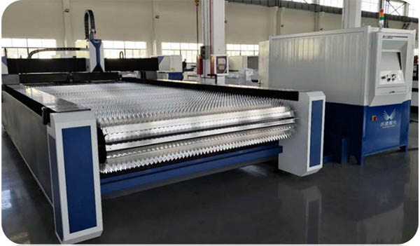 1)Rolling table will reduce the scratches underside of the coil sheet